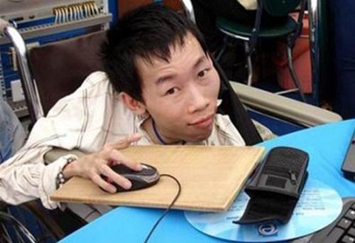 Hiệp sỹ công nghệ thông tin Nguyễn Công Hùng