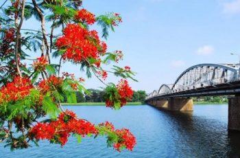 Tóm tắt Ai đã đặt tên cho dòng sông HPNT